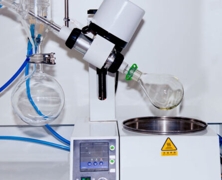 Equipment used for Non-volatile Hydrocarbon (NVH) testing, to determine the mass of grease/oil residue on any specific part